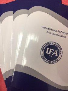 英國IFA香薰治療師文憑課程畢業生
